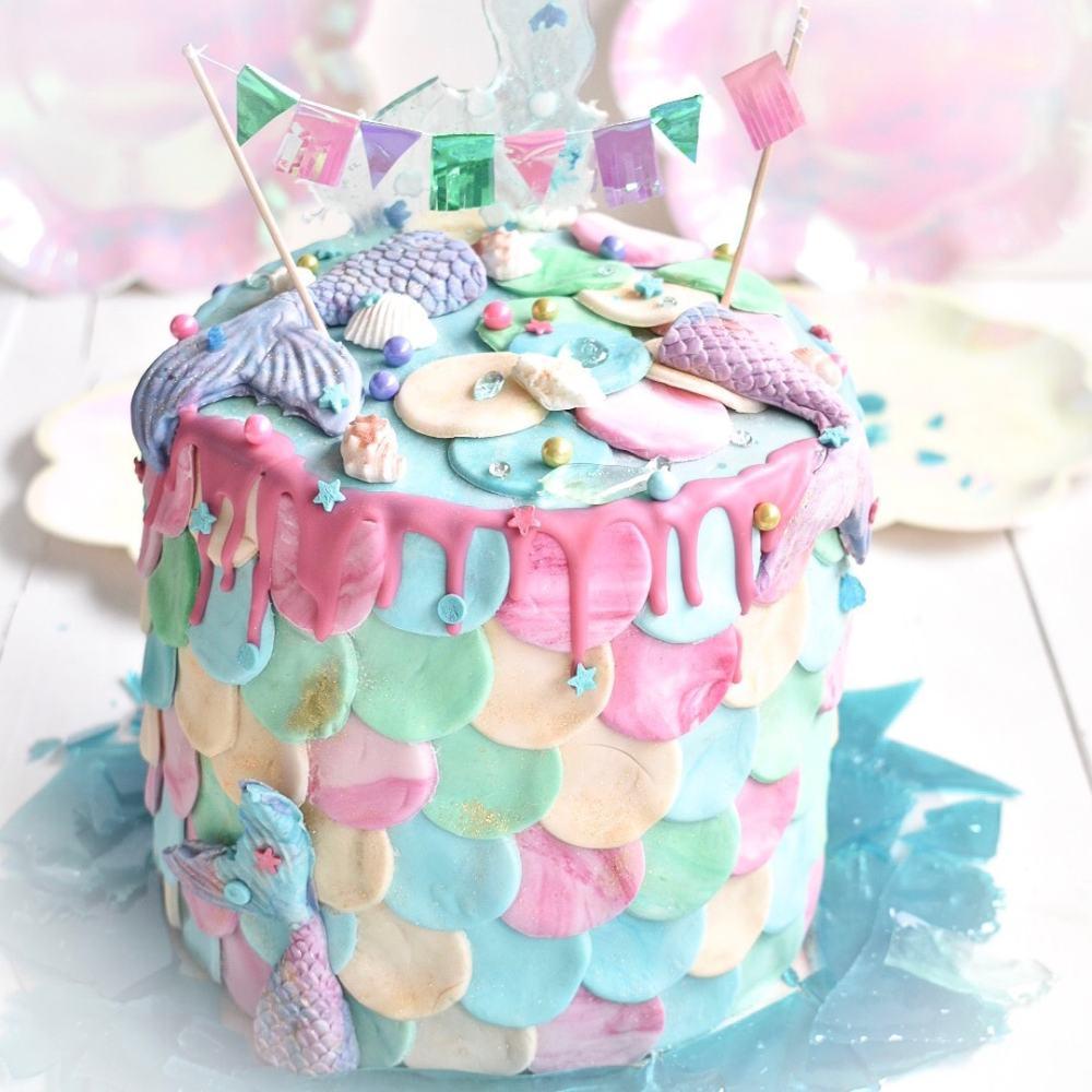 Mermaid Cake mit pastelligen Fondant