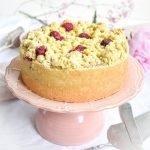 Himbeer Mohn Kuchen auf Tortenplatte