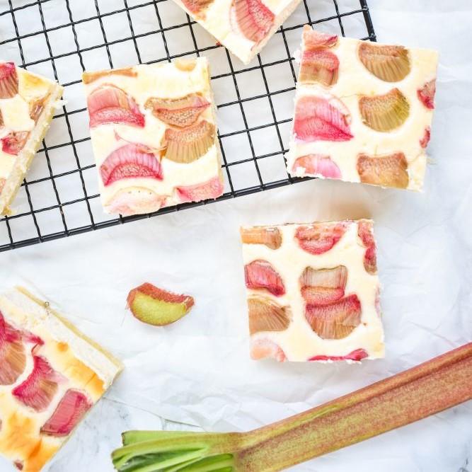 Rhabarber Cheesecake Bites