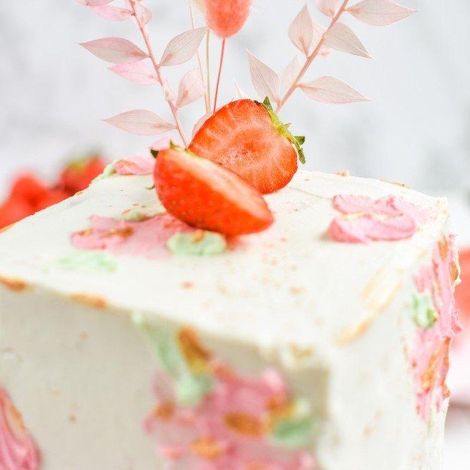 Erdbeer Mohn Torte