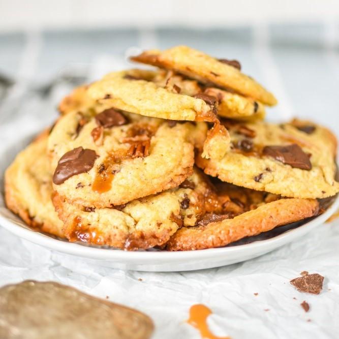 Karamell Pecannuss Cookies mit Schokolade